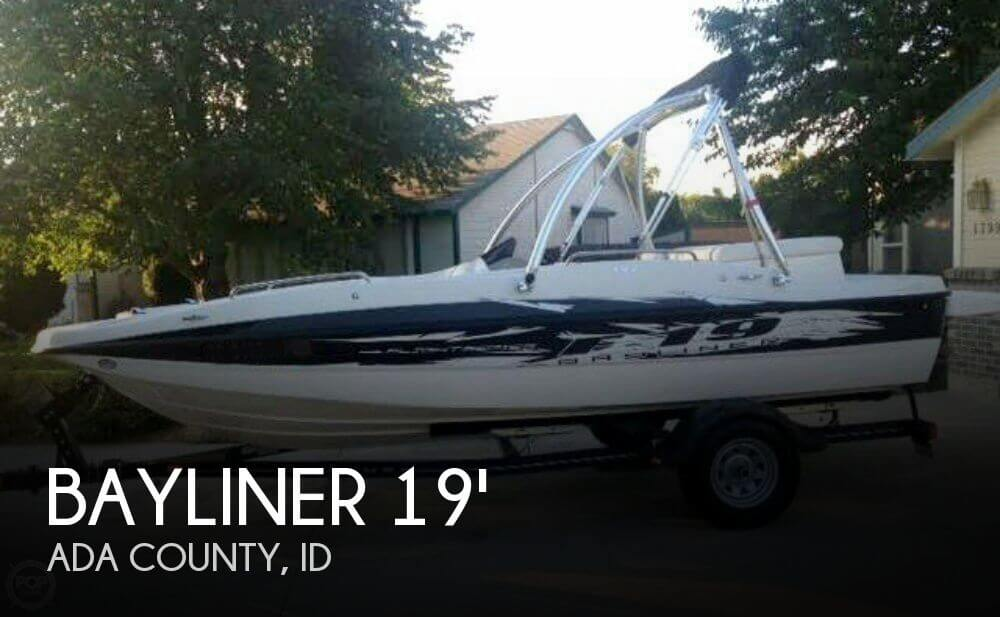 2010 Bayliner 19 - Photo #1