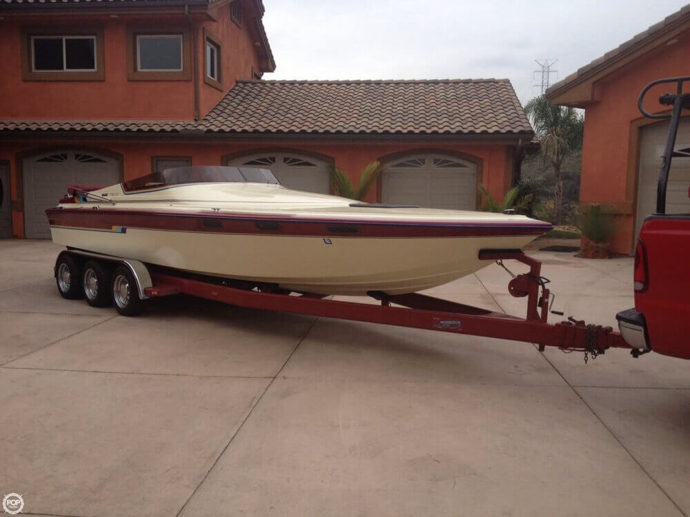 1986 Hallett boat for sale, model of the boat is 7.9 EXP & Image # 2 of 26