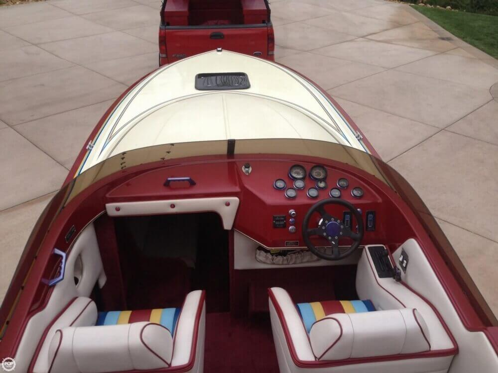 1986 Hallett boat for sale, model of the boat is 7.9 EXP & Image # 5 of 26