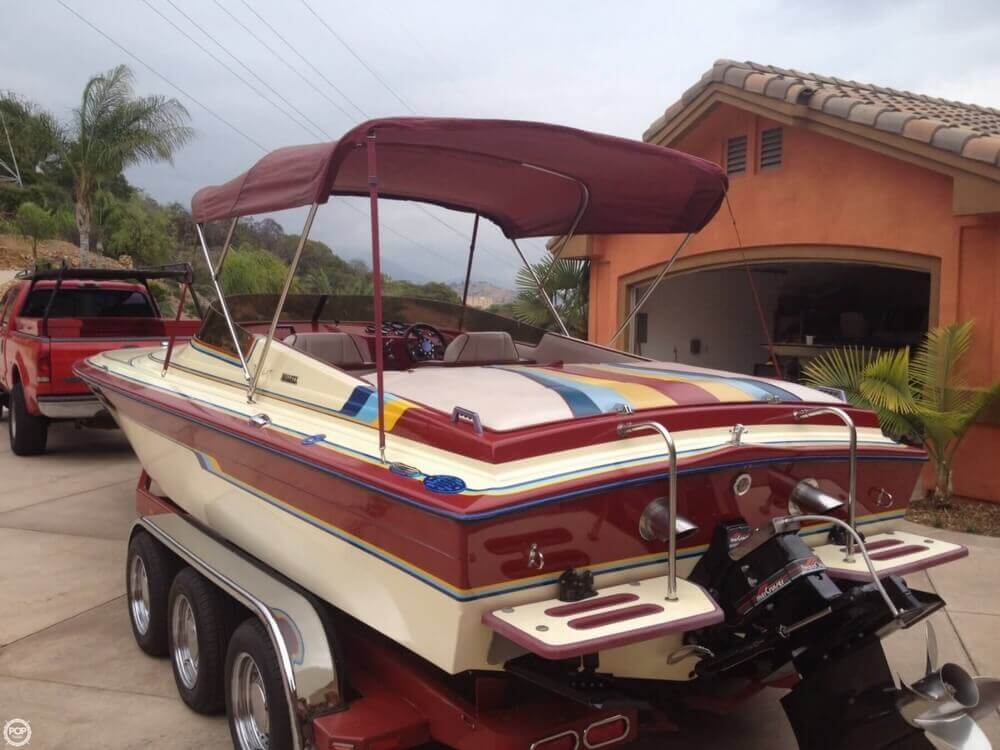 1986 Hallett boat for sale, model of the boat is 7.9 EXP & Image # 24 of 26