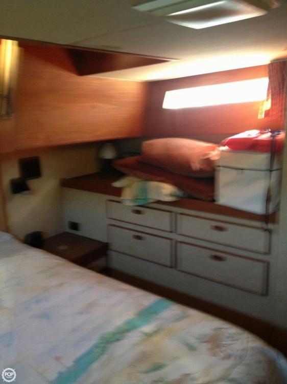 1983 Trojan 36 Tri Cabin - Photo #6