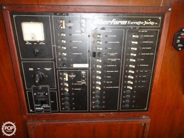 1978 Fiberform 3300 Executive Flybridge - Photo #24