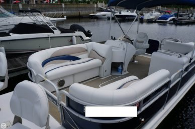 Hurricane Fun Deck 236, 23', for sale - $35,000