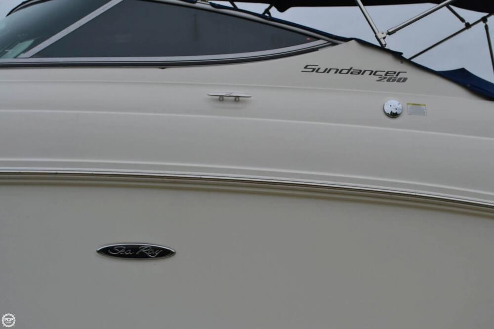 2011 Sea Ray 260 Sundancer - Photo #19