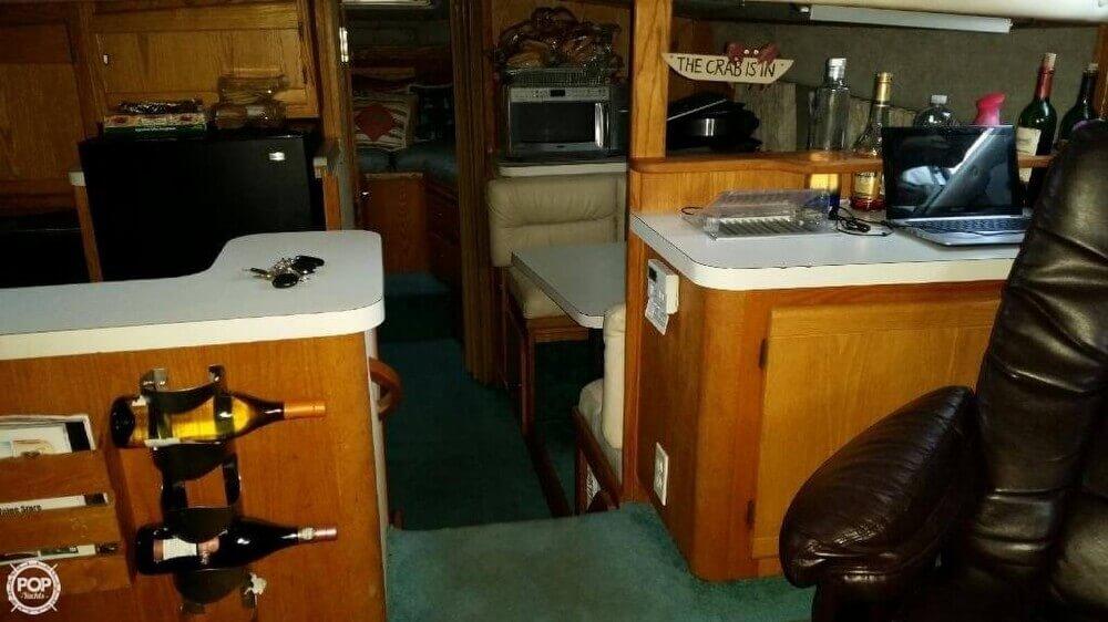1989 Silverton 40 Aft Cabin - Photo #10