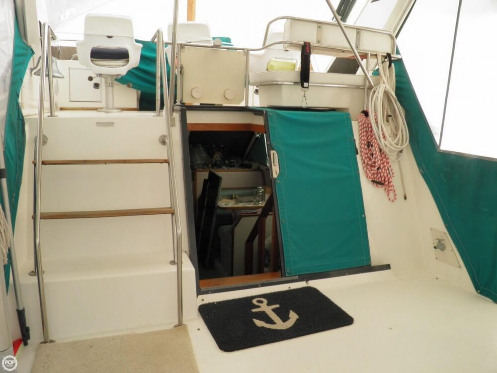 1989 Sea Ray 380 AFT CABIN - Photo #8
