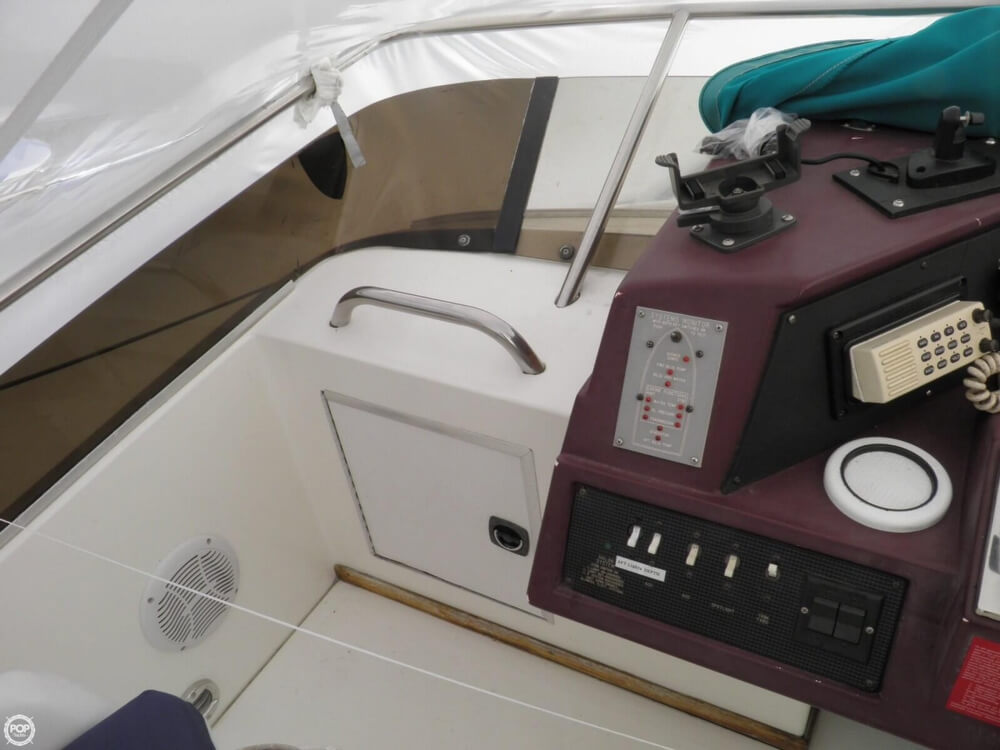 1989 Sea Ray 380 AFT CABIN - Photo #36