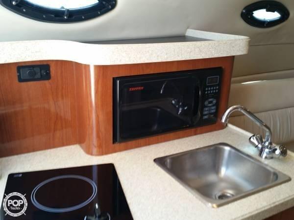 2006 Regal 2665 Commodore - Photo #11