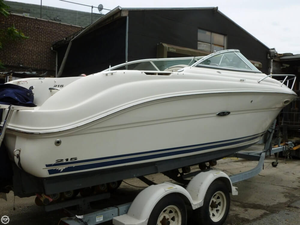 2007 Sea Ray 215 Weekender - Photo #2