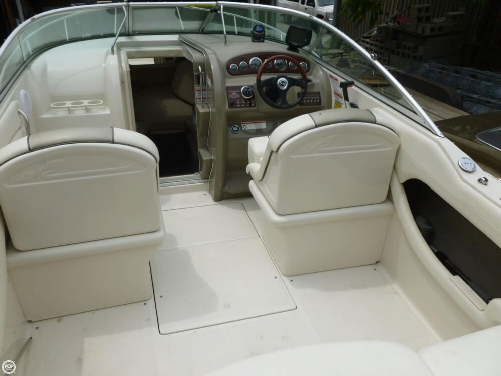 2007 Sea Ray 215 Weekender - Photo #3
