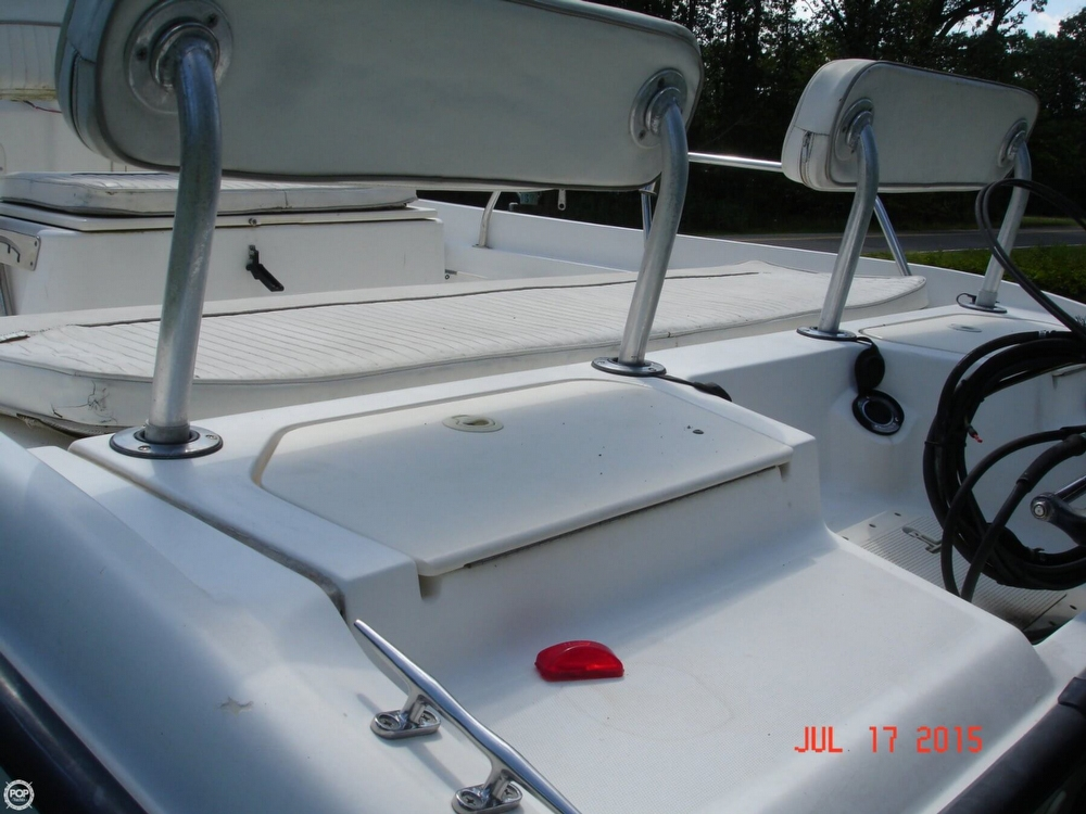 2001 Boston Whaler 18 Dauntless - Photo #12