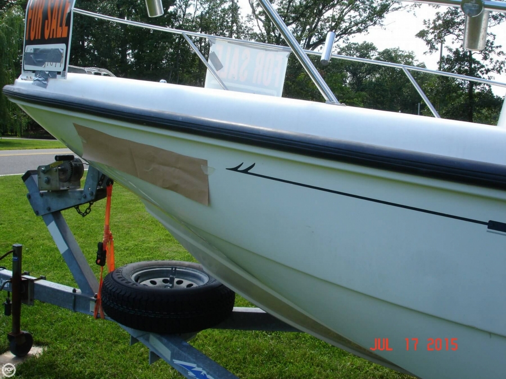 2001 Boston Whaler 18 Dauntless - Photo #15