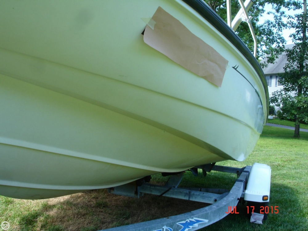 2001 Boston Whaler 18 Dauntless - Photo #17