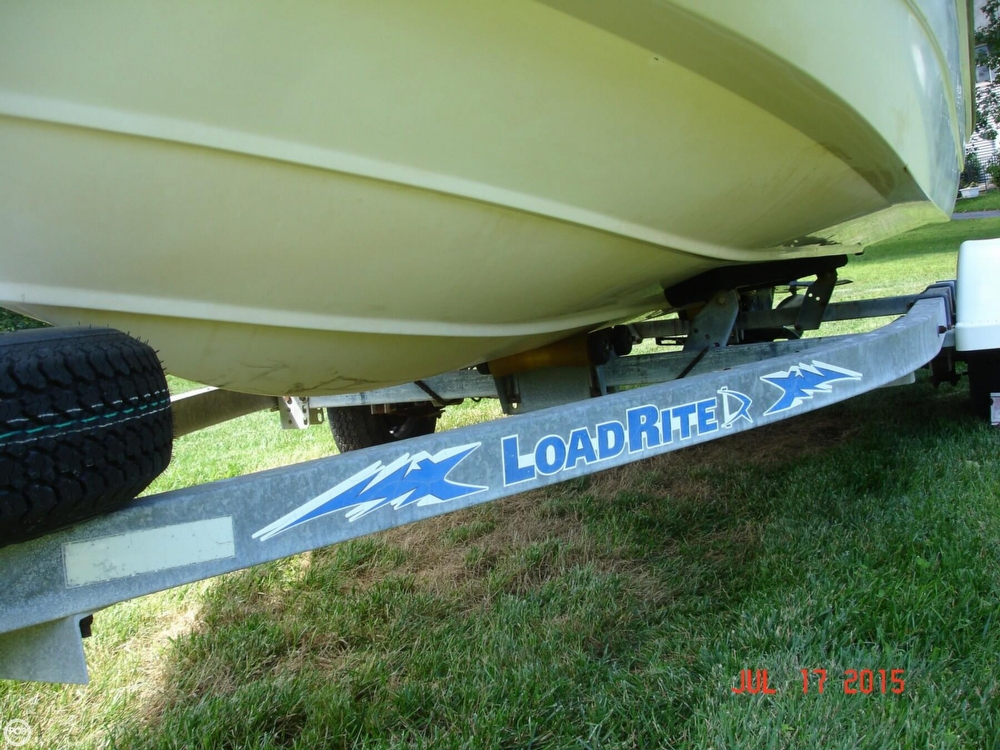 2001 Boston Whaler 18 Dauntless - Photo #18