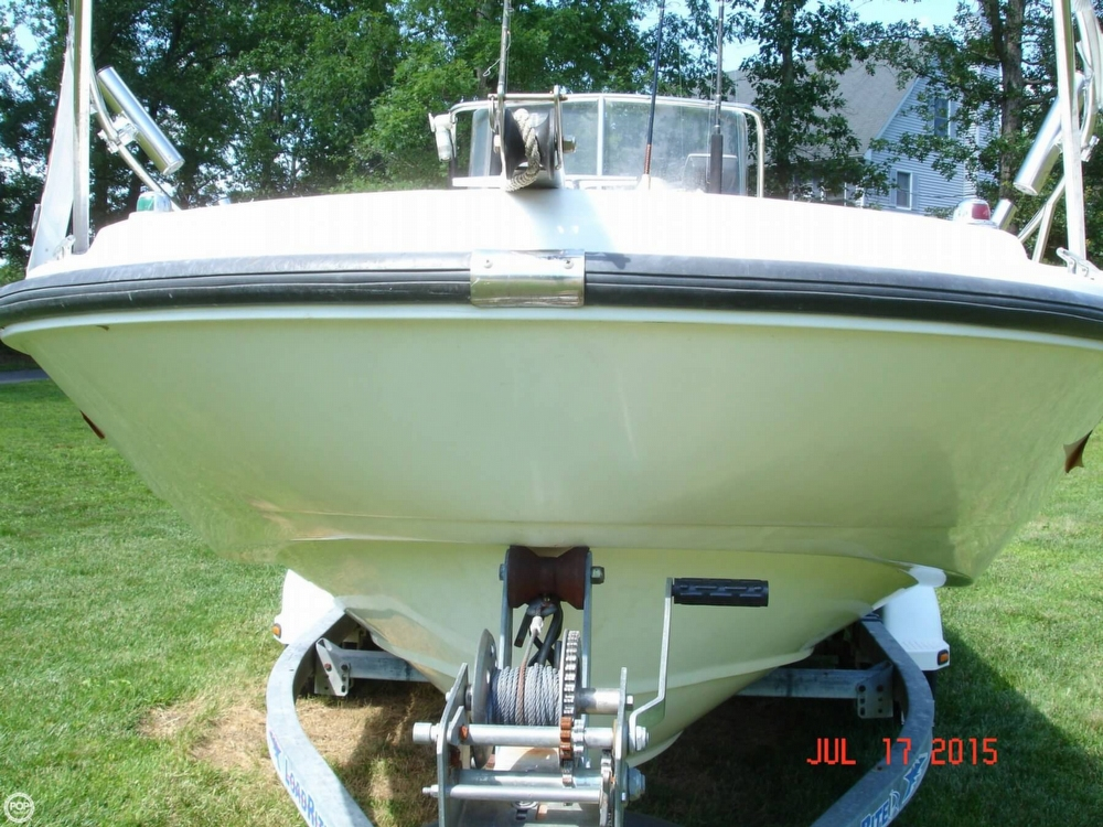 2001 Boston Whaler 18 Dauntless - Photo #5