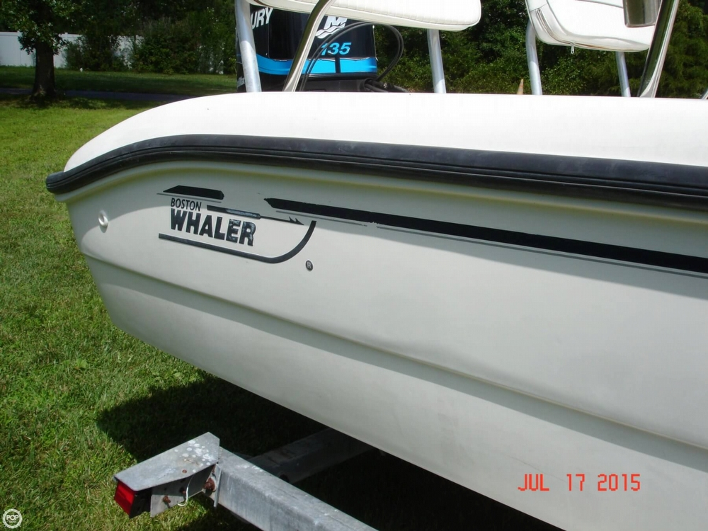 2001 Boston Whaler 18 Dauntless - Photo #23