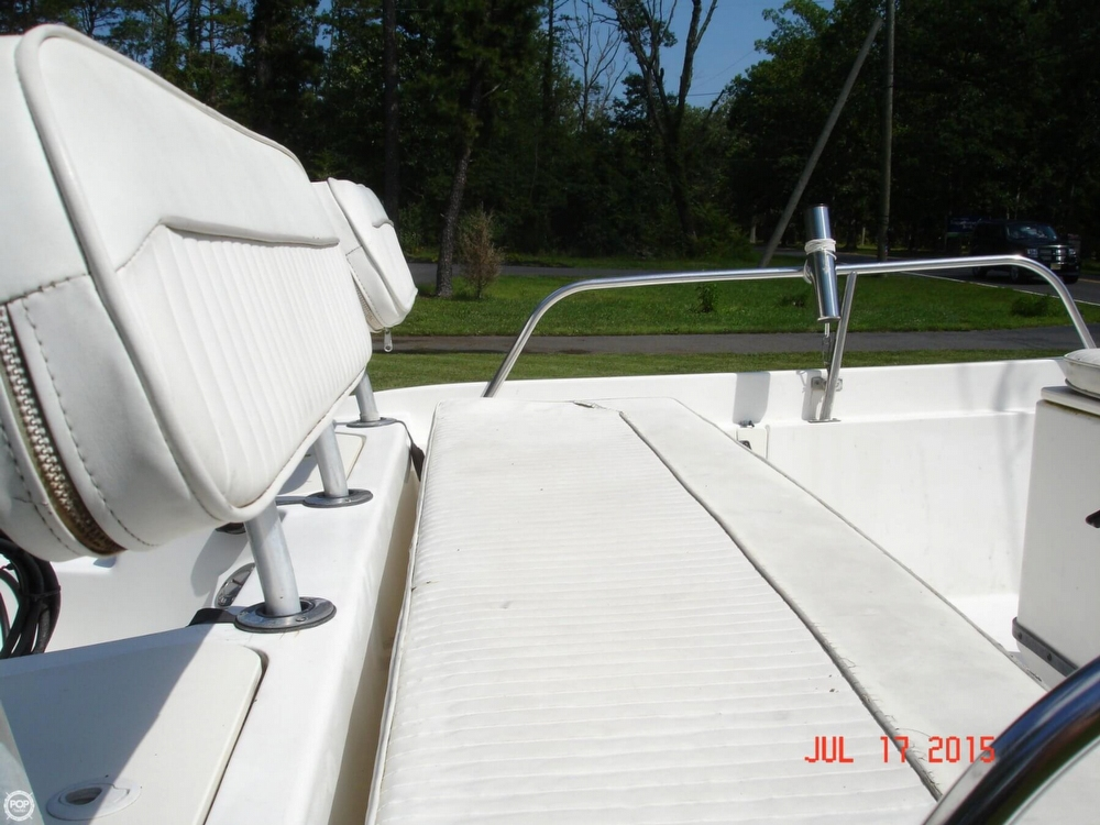 2001 Boston Whaler 18 Dauntless - Photo #24