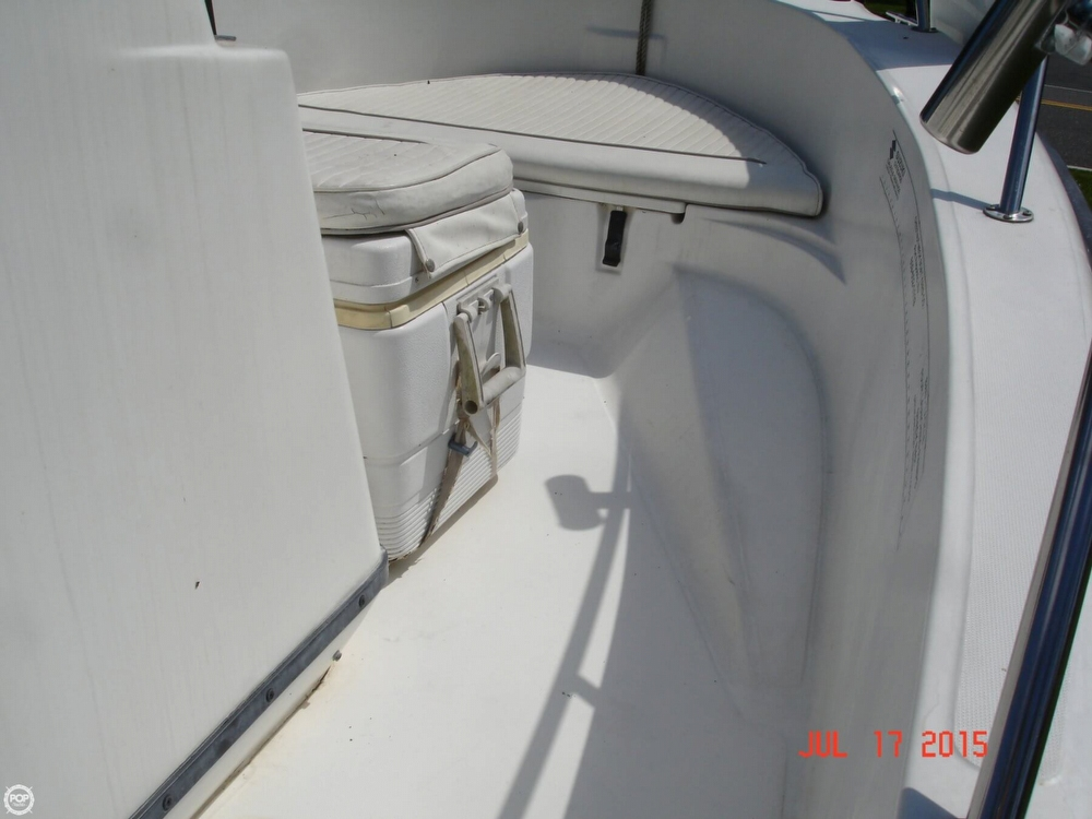2001 Boston Whaler 18 Dauntless - Photo #26