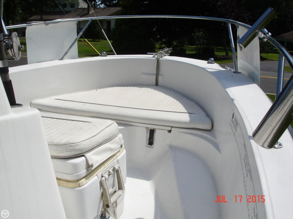 2001 Boston Whaler 18 Dauntless - Photo #27