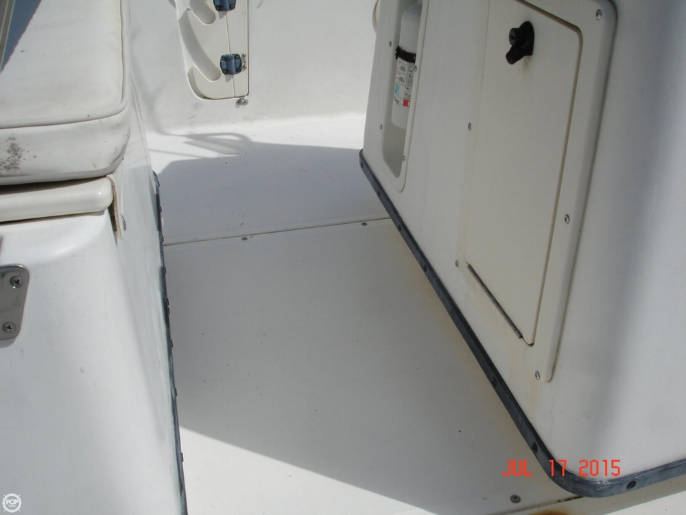 2001 Boston Whaler 18 Dauntless - Photo #29