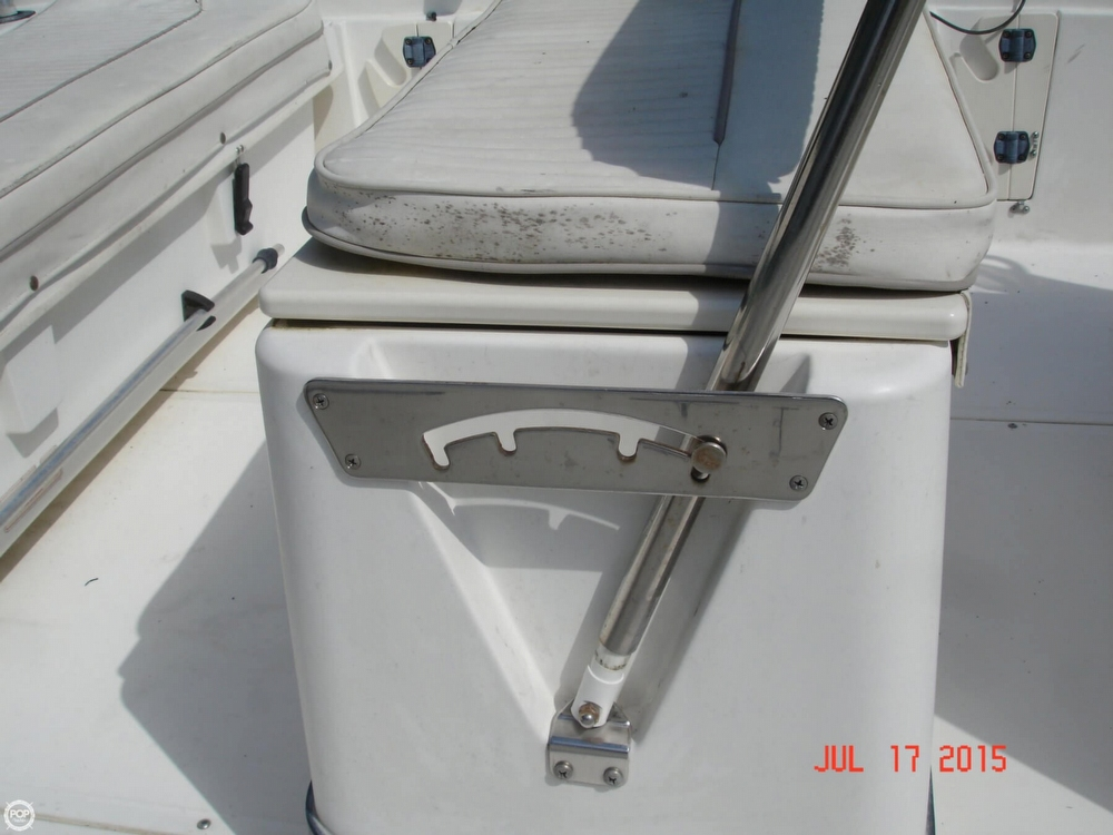 2001 Boston Whaler 18 Dauntless - Photo #30