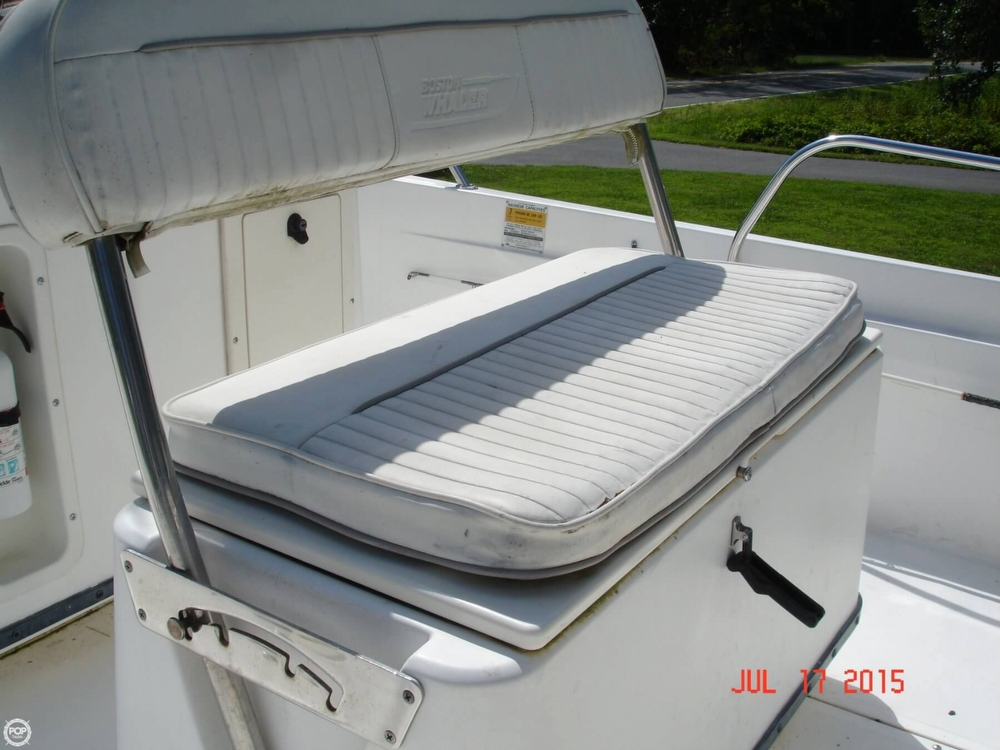 2001 Boston Whaler 18 Dauntless - Photo #35