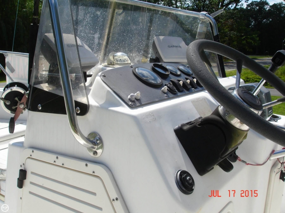 2001 Boston Whaler 18 Dauntless - Photo #37
