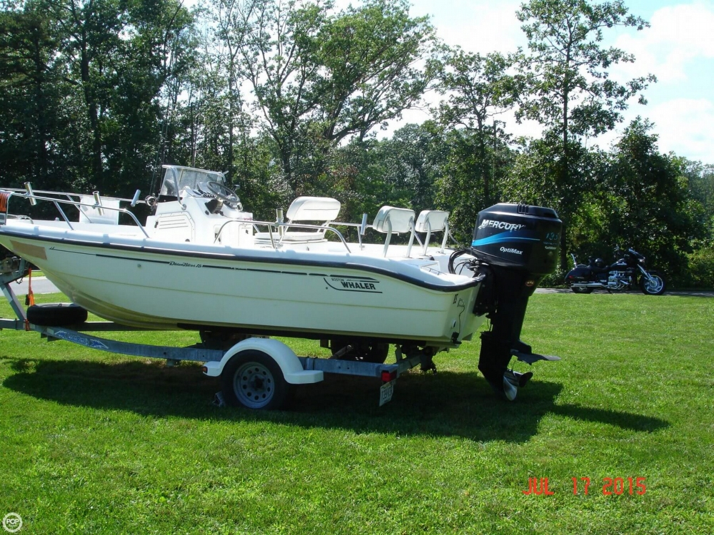 2001 Boston Whaler 18 Dauntless - Photo #4