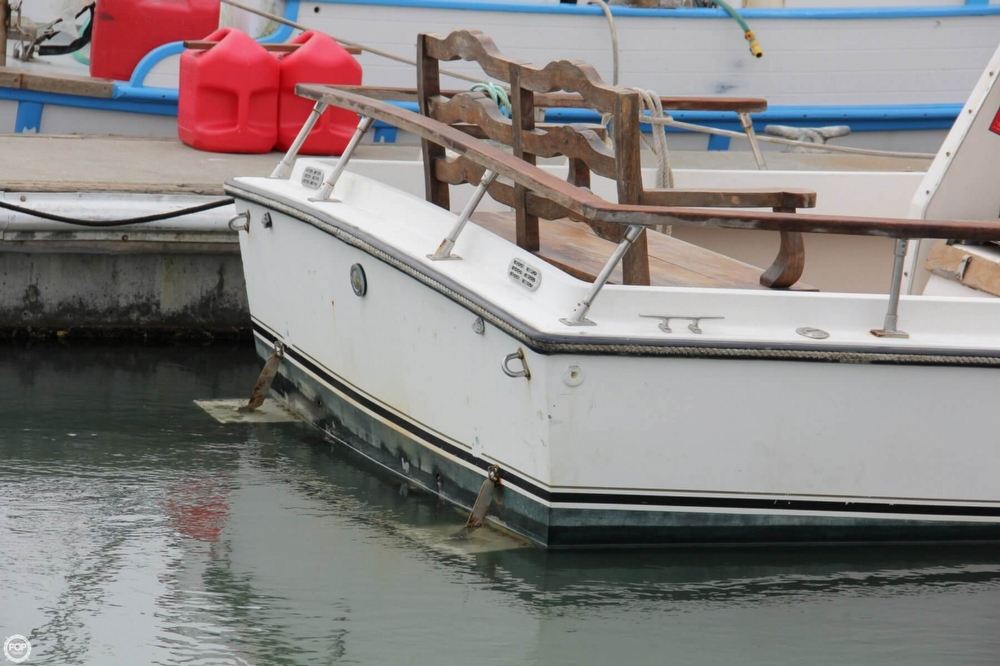 1988 Shamrock boat for sale, model of the boat is 20 Pilothouse & Image # 6 of 40