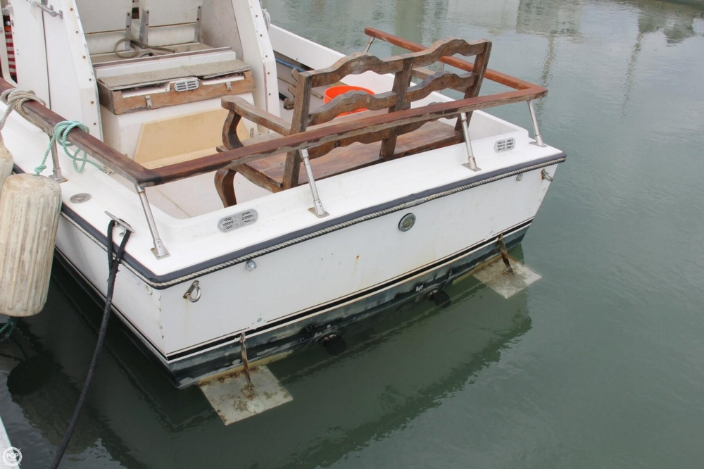 1988 Shamrock boat for sale, model of the boat is 20 Pilothouse & Image # 17 of 40