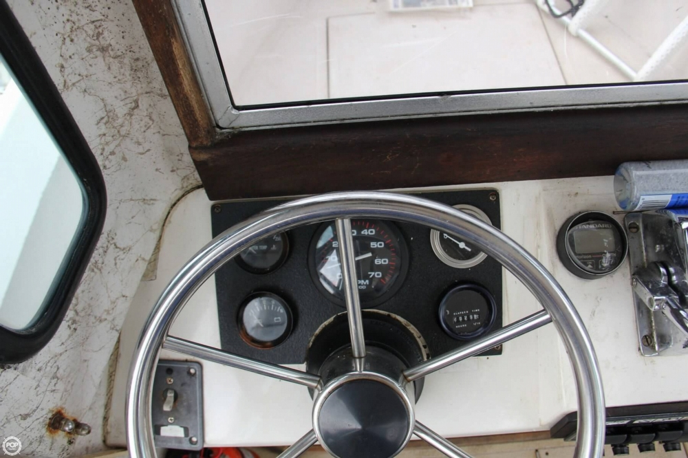 1988 Shamrock boat for sale, model of the boat is 20 Pilothouse & Image # 33 of 40