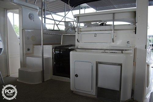 1996 Sea Ray 420 Aft Cabin - Photo #8