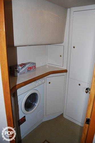 1996 Sea Ray 420 Aft Cabin - Photo #17