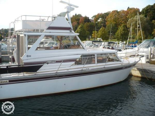 1984 Aluminum Cruisers 28 Marinette - Photo #2