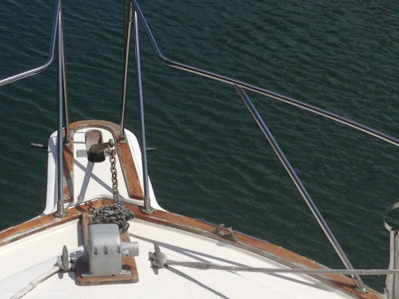 1986 Egg Harbor 33 Sportfisher - Photo #39
