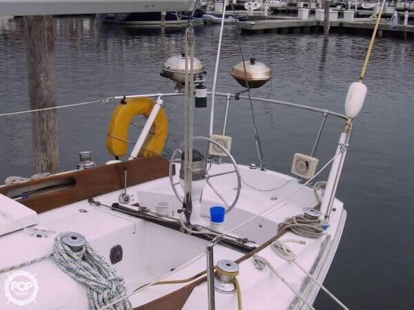 1969 Ericson Yachts 32 - Photo #2