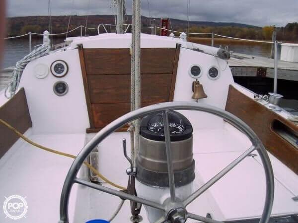 1969 Ericson Yachts 32 - Photo #3