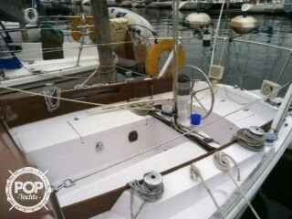 1969 Ericson Yachts 32 - Photo #5