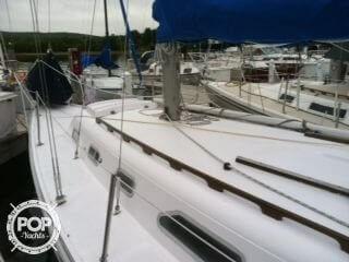 1969 Ericson Yachts 32 - Photo #6