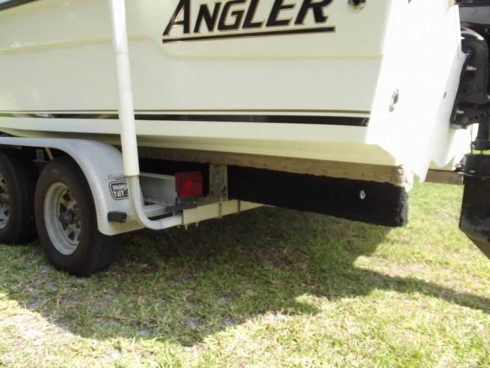 2001 Angler 2200 Grande Bay - Photo #24