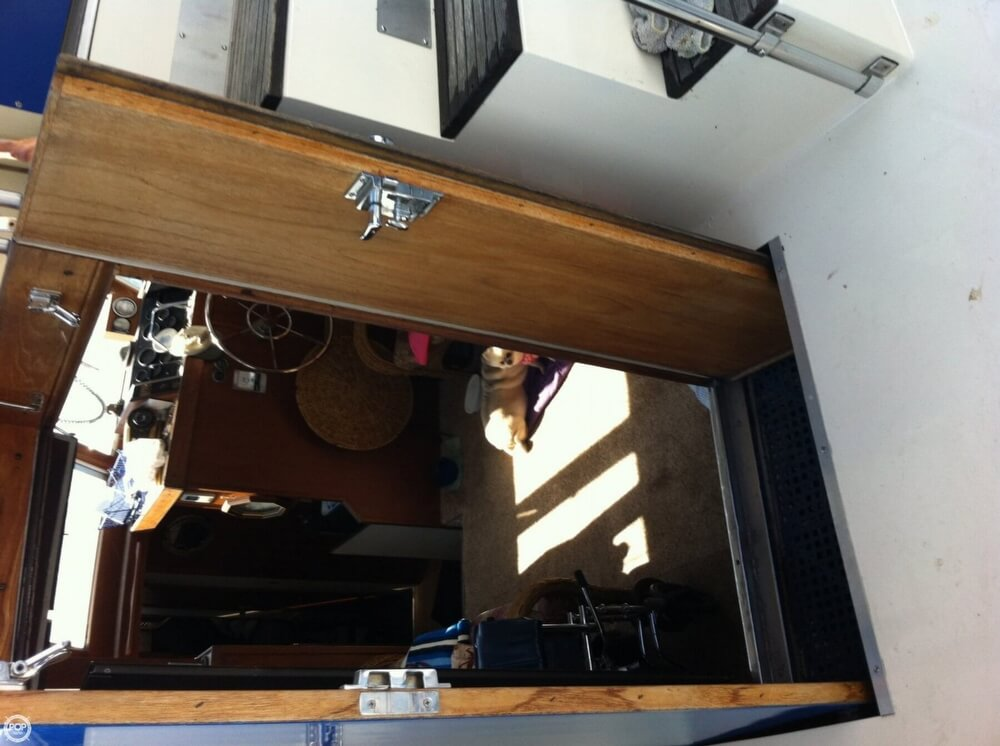 1978 Marinette 37 Double Cabin - Photo #5