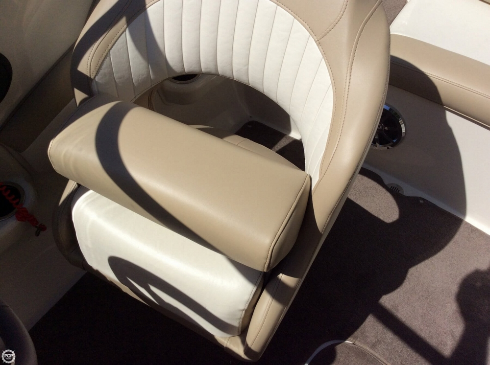 Helm Seat With Bolster Up