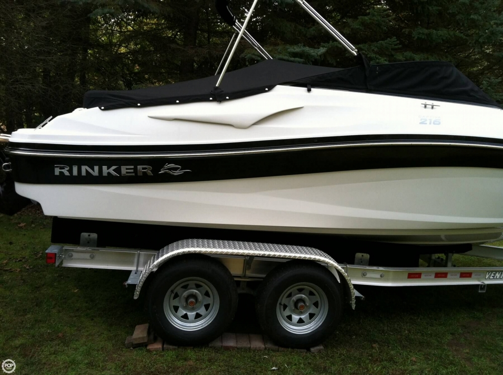 2012 Rinker 216 Captiva - Photo #8