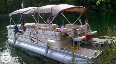 Lifetime Fisher 240 DLX Pontoon, 24', for sale - $19,500