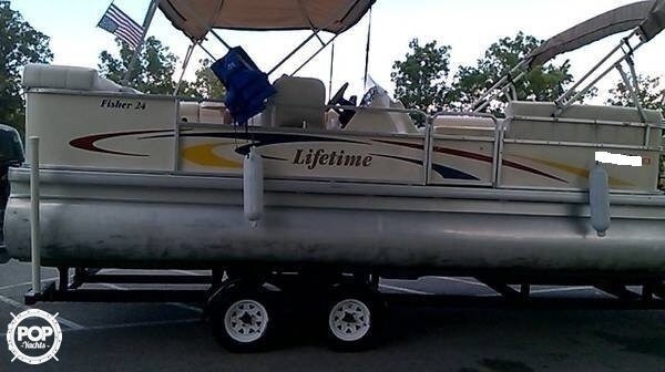 2007 Lifetime Fisher 24 - Photo #10