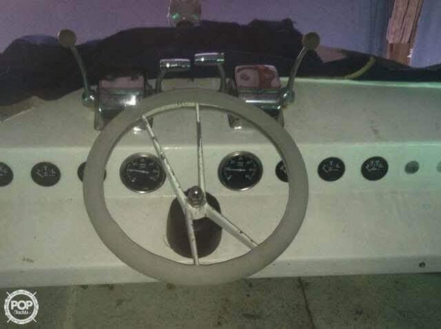1969 Marinette 34 River Cruiser - Photo #20