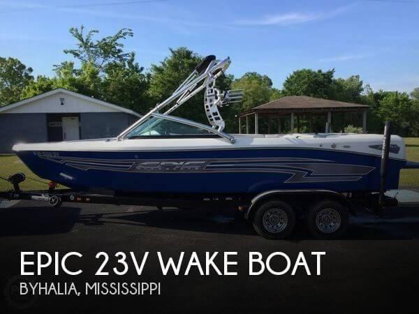 2009 Epic 23V Wake Boat - Photo #1