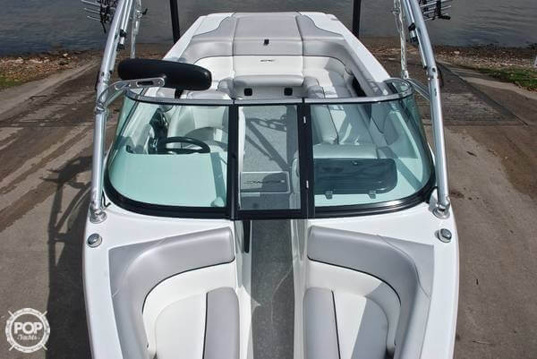 2009 Epic 23V Wake Boat - Photo #8