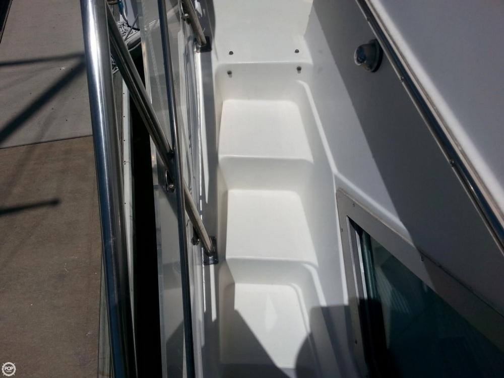 1995 Cruisers 3950 Aft Cabin - Photo #40