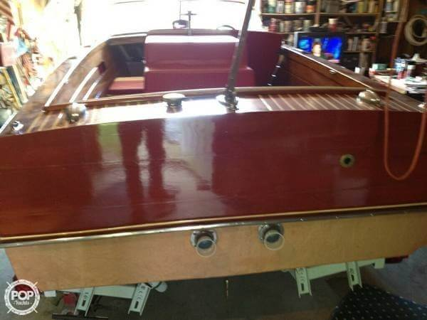 1957 Chris-Craft 17 Ski Boat - Photo #6